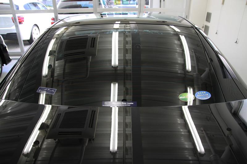 メルセデスベンツ SL550 リアウィンドウガラス 断熱カーフィルム施工後。