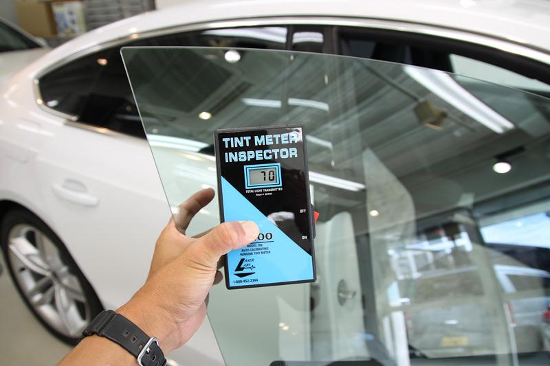 アウディ S5 スポーツバック フロントドアガラスへ透明断熱フィルム施工後の透過率。