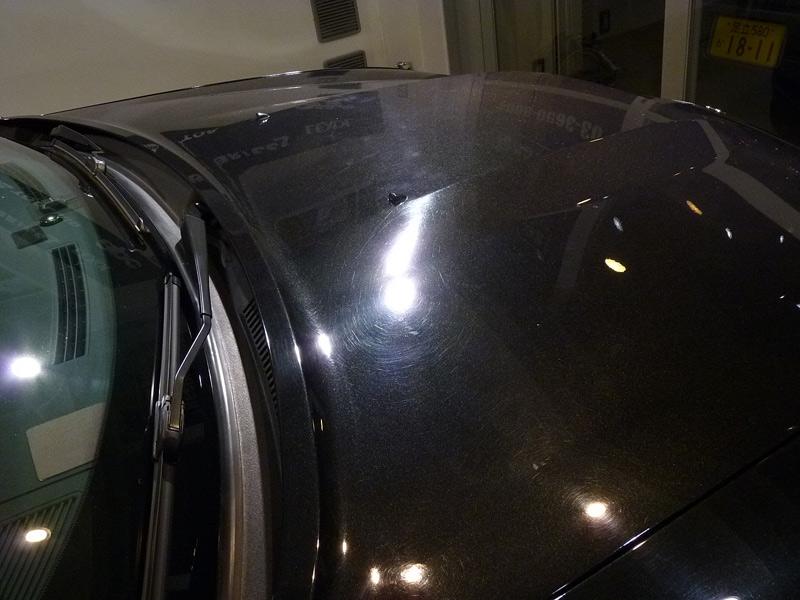 ダッジ チャージャー R-2ボディガラスコーティング施工前のボンネット。