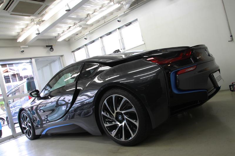 BMW i8 透明断熱フィルム全面施工。