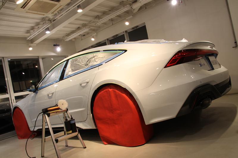 コーティング施工 アウディ新型RS7
